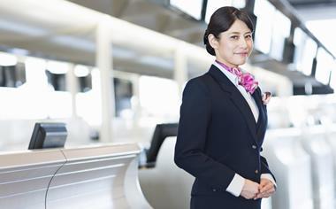 【福岡空港】憧れの空港ラウンジ受付!英語活かす★